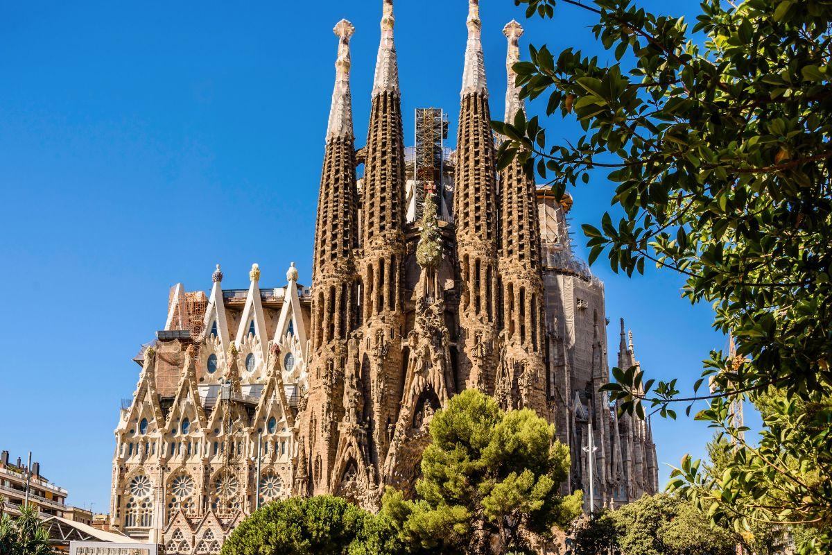 Where is La Sagrada Familia?