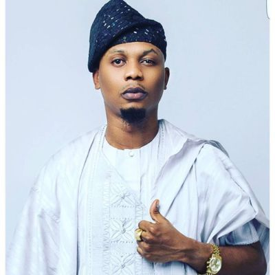 What are Reminisce's two jobs?