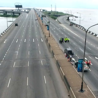 zikoko - third mainland bridge shut down