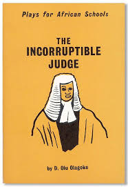 Agbalowomeri, the corrupt establishment officer in 'The Incorruptible Judge', does what when he's caught with a bribe by the police?