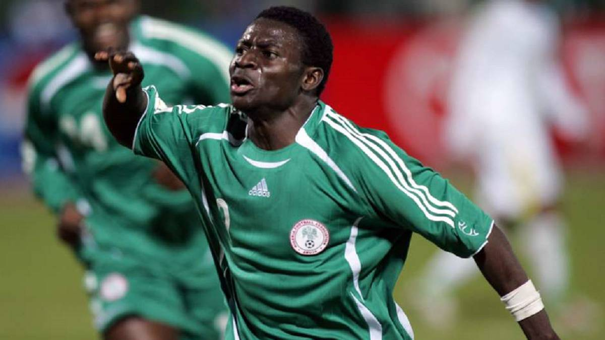 Which club did Obafemi Martins play for?