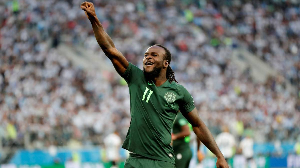 Which English club did Victor Moses play for?