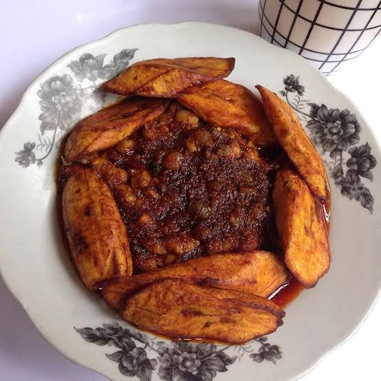 ewa agoyin Nigerian foods