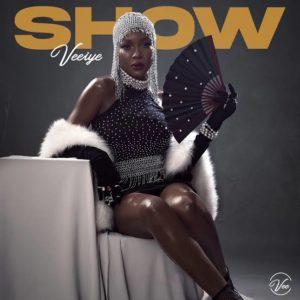 """""""Show"""" - Vee"""