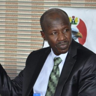 zikoko - EFCC Chairman Getting Arrested